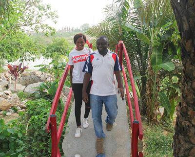 couple in a bridge