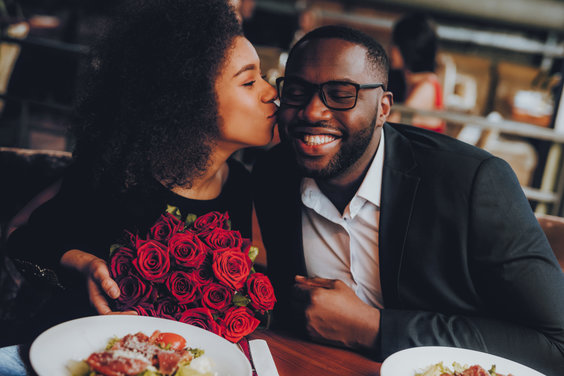 how-to-re-ignite-the-romance-with-your-spouse